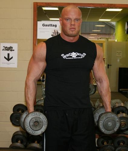 Muskelshirt mit Frontdruck ohne Ärmel