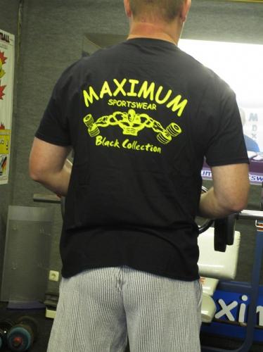 T-Shirt Maximum Black Collection
