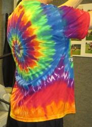 T-Shirt in Batikoptik mit Frontdruck