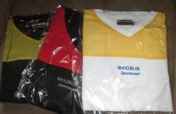 3 Stck. T-Shirt mit V-Ausschnitt Maximum Sportswear  ANGEBOT